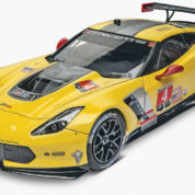 CORVETTE C7 R 1/25 REVELL 4304 Plastic Model Kit