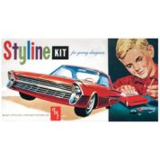1:25 1961 FORD STYLINE Plastic Model Kit AMT (RAMT652)