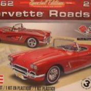 62 CORVETTE ROADST 1:25 REVELL 4277 Plastic Model Kit