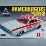 1:25 1964 DODGE RAM CHARGER Plastic Model Kit LINDBERG (RLIN72161)