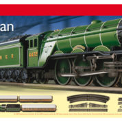 HORNBY FLYING SCOTSMAN TRAIN SET R1167