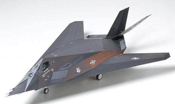 LOCHEED F-117A TAMIYA T61059 Plastic Model Kit