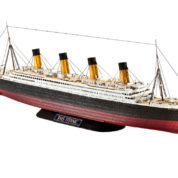 RMS TITANIC 1/700 REVELL 210 Plastic Model Kit