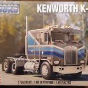 KENWORTH K100 REVELL 2513 Plastic Model Kit