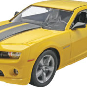 2010 CARMARO SS REVELL 4239 Plastic Model Kit