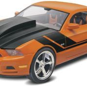 2014 MUSTANG GT REVELL 4379 Plastic Model Kit
