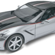 2015 CORVETTE STINGRAY REVELL 4397 Plastic Model Kit