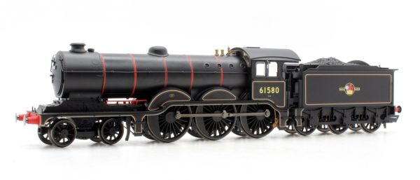Hornby R3432 Class B12/3 4-6-0 61580 in BR black with late crest