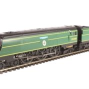 "Hornby R3515 Battle of Britain Class (Air Smoothed) 4-6-2 21C168 ""Kenley"" in Southern Railway malachite green - ""The Final Day"" special edition"