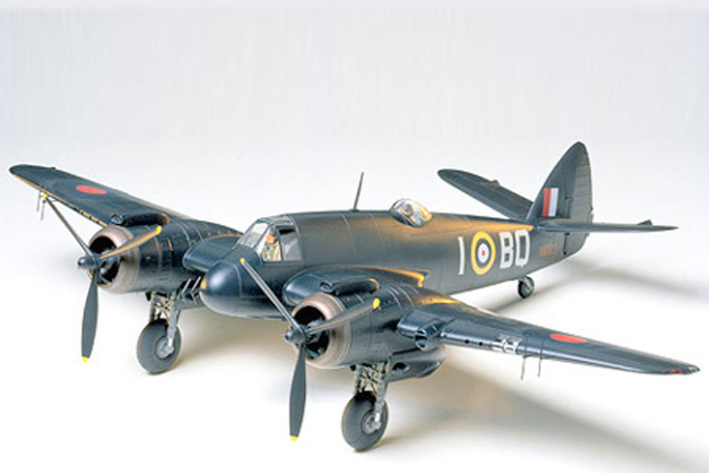 BRISTOL BEAUFIGHTER TAMIYA T61064 Plastic Model Kit