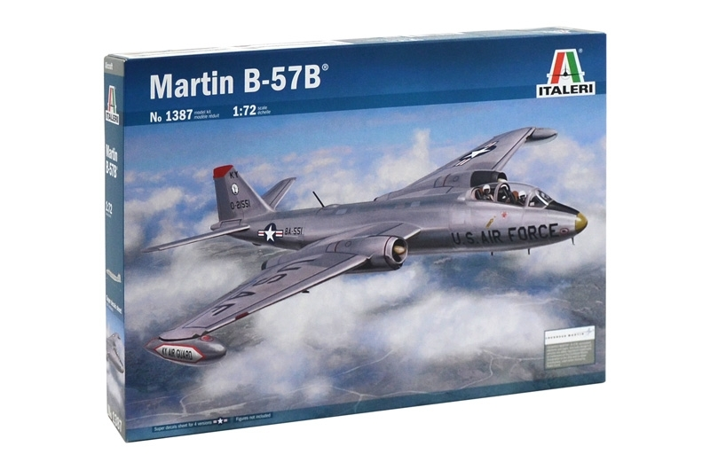 1/72 B-57B CANBERRA ITALERI Plastic Model Kit (1387)